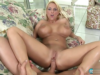 Secrets of a Soccer Mom -Holly Halston 1080p