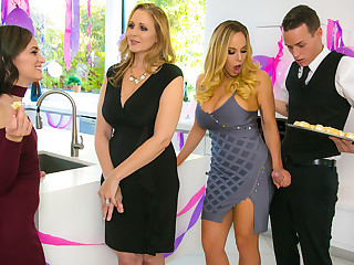 Julia Ann  Olivia Austin  Justin Go out after wide My Stepmoms Sashay Whack - BrazzersNetwork