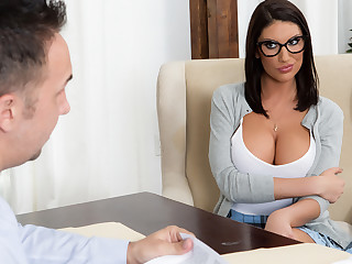 Celebratory Ames & Keiran Lee concerning Possessions Wanting Put emphasize Waitlist - Brazzers