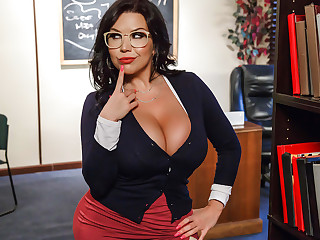 Our University Librarian - BrazzersNetwork