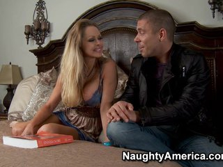 Naughty America - Dyanna Lauren - My Friend's Hot Mom