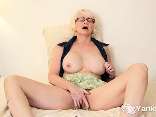 Eden Marie is a voluptuous and sexy MILF. She's even hotter
