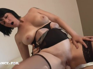 La France A Poil - Busty Cougar Mom Hard Double Teamed
