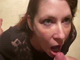 Soccer Mom Gives A Blowjob That Ends With Cum In Her Mouth!
