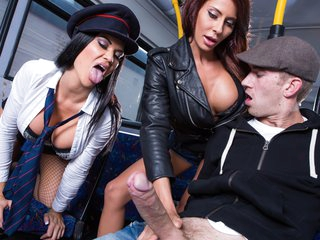 Tour Of London Part One: Remastered Free Video With Madison Ivy & Jasmine Jae & Danny D - Brazzers