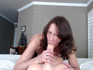 Milf Oily Booty Riding