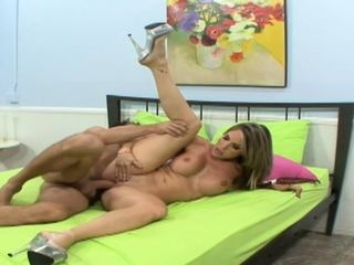 Super sexy Courtney gets dicked down on the bed