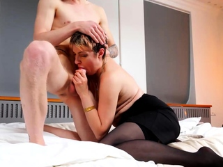 TUTOR4K. Tutor with short hair nailed by student