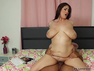 Latina Porn With The Gorgeous Bbw Angel Deluca Being Fucked