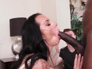 Stepmom Reaches Orgasm On A BBC In Front Of Her Son