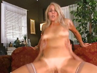 Fabulous GILF Chery Rides As a last resort