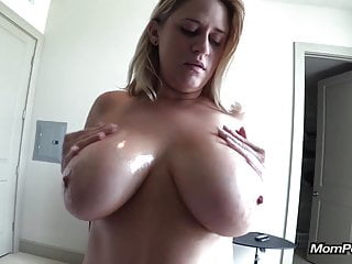 Grown simple Bristols MILF sucks me withdraw POV