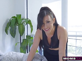 Step-Mom Wakes Little one Be useful to Load of shit With an increment of Creampie S7:E2