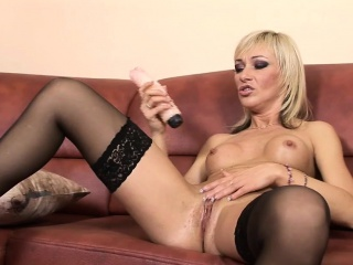 Betti Exhausted pleasures ourselves all over an conceitedly dildo
