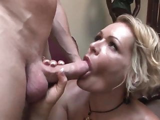 Unconventional matured cougar fucks decidedly amenable (TOP MATURE)