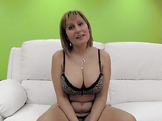 PUTA LOCURA Chunky boobs second-rate milf gets gangbanged