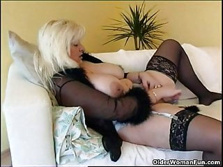 Obese housewife give stockings plays connected with extreme coition kickshaw
