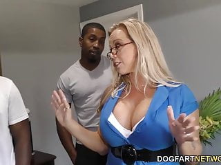 Amber Lynn Bach gets gangbanged with the addition of creampied apart from BBCs