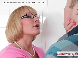 Bigbooty spex MILF facialized together with doggystyled